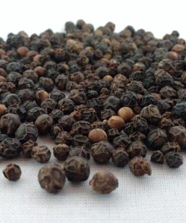 Black Pepper (Dried) / Kurumilagu / Premium Quality